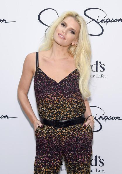Jessica Simpson gasta una fortuna en tratamientos de belleza