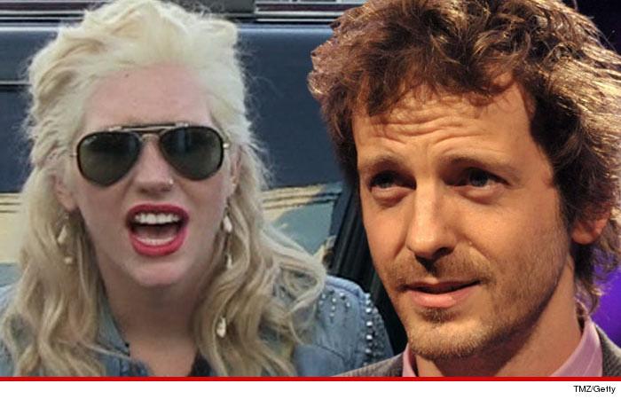 La madre de Kesha amenazó al Dr. Luke