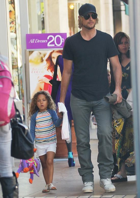 Halle Berry: Gabriel Aubry quiere que Nahla sea blanca!