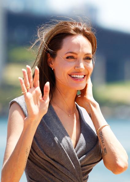 Angelina Jolie confirma que se retira de la actuación! Again?