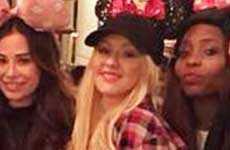Christina Aguilera insulta a Mickey en Disney