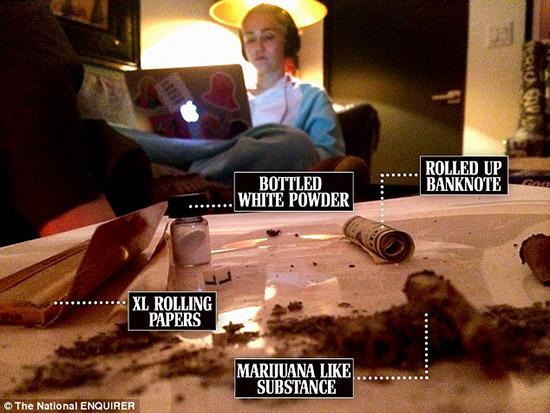 Miley Cyrus rodeada de drogas en su estudio?