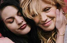Courtney Love admite heroina embarazada