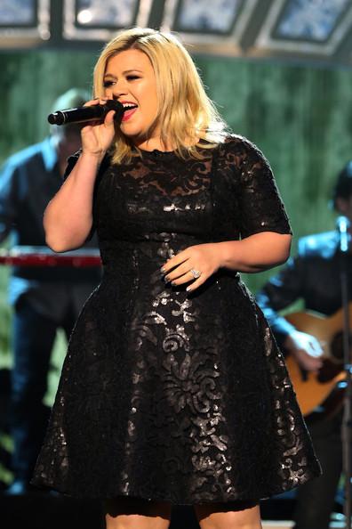 Kelly Clarkson y sus complicaciones en el embarazo