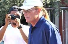 Bruce Jenner podría ser culpable en el accidente de auto?