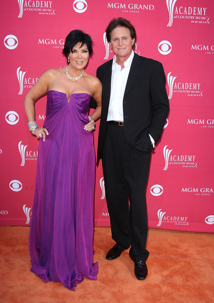 OF COURSE! Kris Jenner no tenia idea que Bruce queria ser mujer!