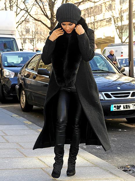 Kim Kardashian rubia platinada! FUG!