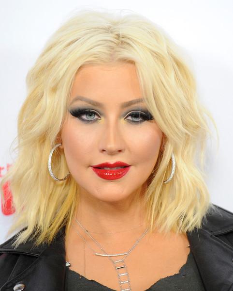 Christina Aguilera tiene implante de trasero?