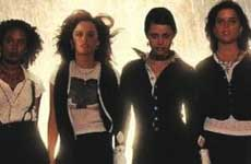 Harán un remake de Jóvenes Brujas (The Craft)