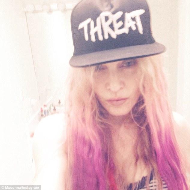 Madonna y su cabello rosado! Pink ombré