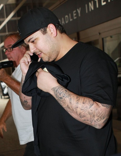 Rob Kardashian entra a rehab! UPDATE!