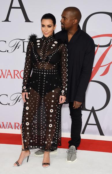 Well, Kim Kardashian espera un baby boy!