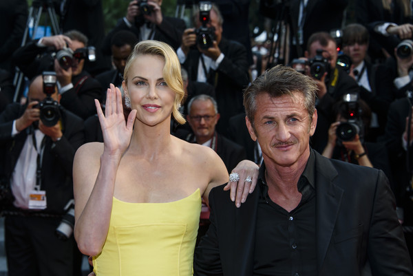 Charlize Theron y Sean Penn terminaron!