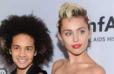Miley Cyrus en el amfAR Gala – Ni chica ni chico