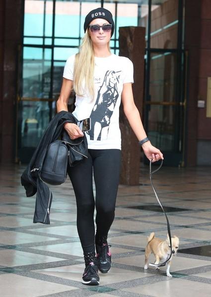 WTF? Paris Hilton fingió el susto del avión??