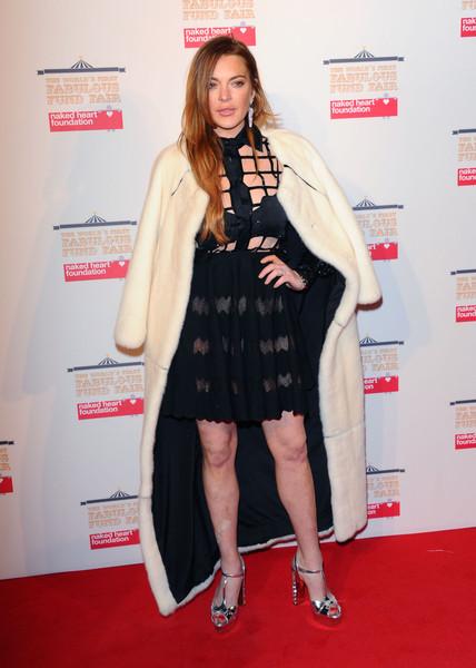 Lindsay Lohan drogada en la boda de sus amigos?