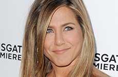 Vean el anillo de bodas de Jennifer Aniston!