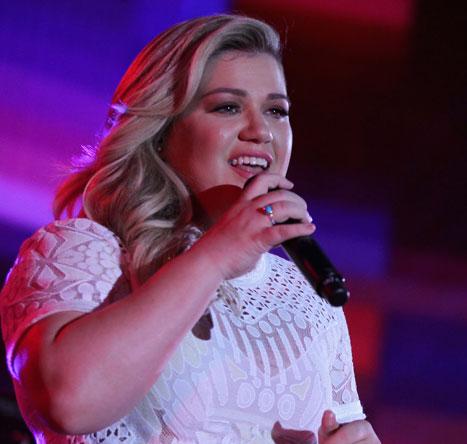 Kelly Clarkson embarazada por segunda vez!!