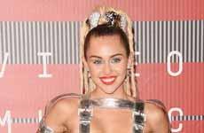 Los trajes de Miley Cyrus en los MTV VMA 2015