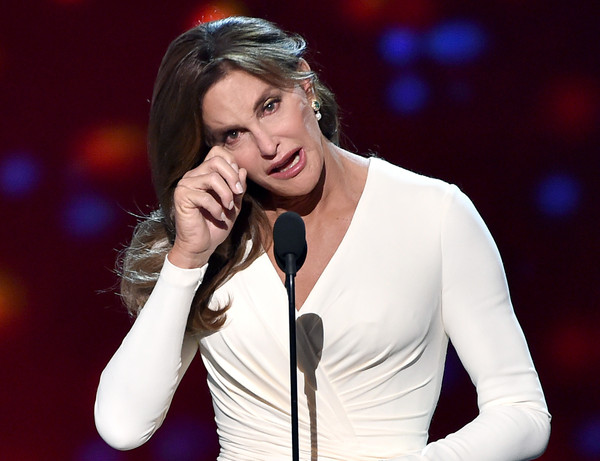 Caitlyn Jenner no apoya el matrimonio gay - Wait! What?