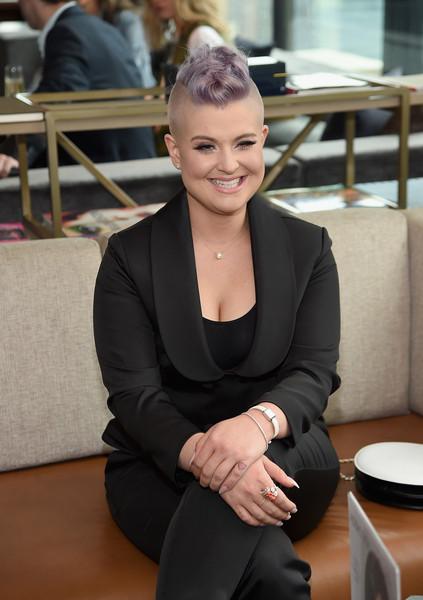 Kelly Osbourne no quiere ser la más linda - LOL!