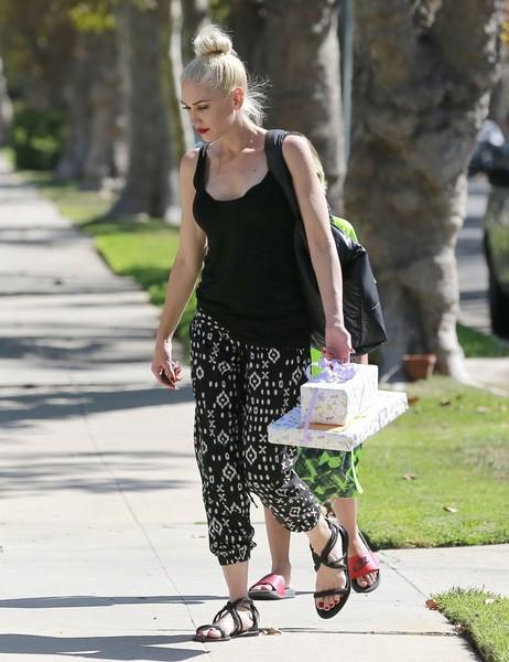 Gwen Stefani y Blake Shelton: Hot Romance [Life&Style]
