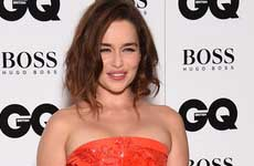 Games of Thrones, Emilia Clarke no soporta la escenas de sexo