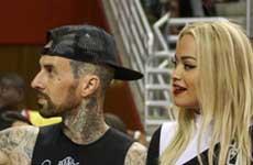Travis Barker y Rita Ora están saliendo!