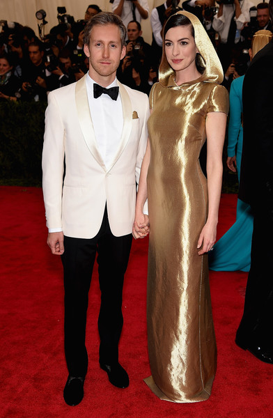Anne Hathaway embarazada!!
