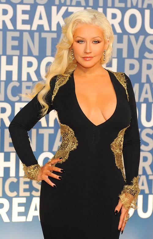 Christina Aguilera: Breakthrough Awards - Diferente?