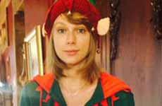 Taylor Swift vestida de duende en Navidad