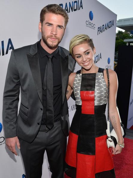 Miley Cyrus aún ama a Liam Hemsworth