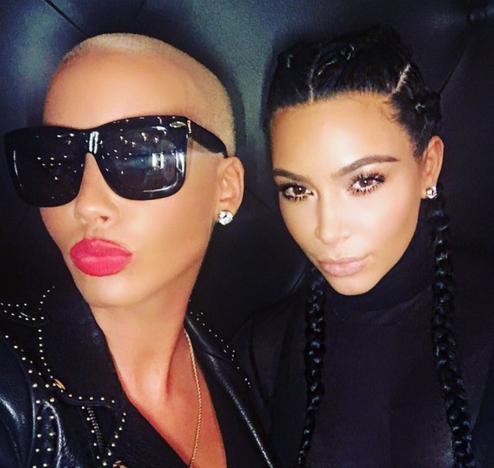 Amber Rose y Kim Kardashian en una selfie. WTF?