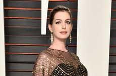 Anne Hathaway tuvo un niño! Jonathan!
