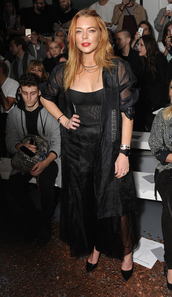 Lindsay Lohan comprometida? NOPE!