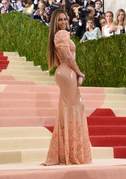 Beyonce en el Met Gala 2016
