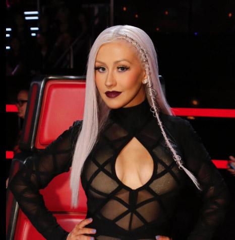 Christina Aguilera debuta cabello lila- New look!