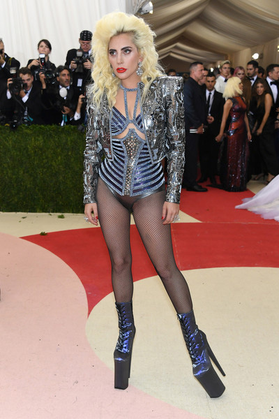 Lady Gaga en el MET gala 2016