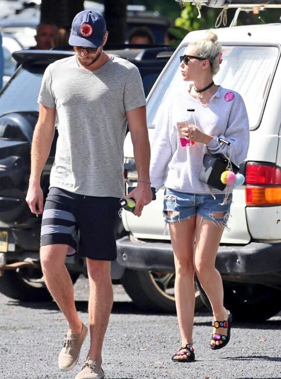 Miley Cyrus y Liam Hemsworth se casaran en la playa