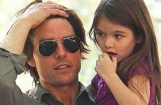 Tom Cruise no ve a Suri por la Scientology?