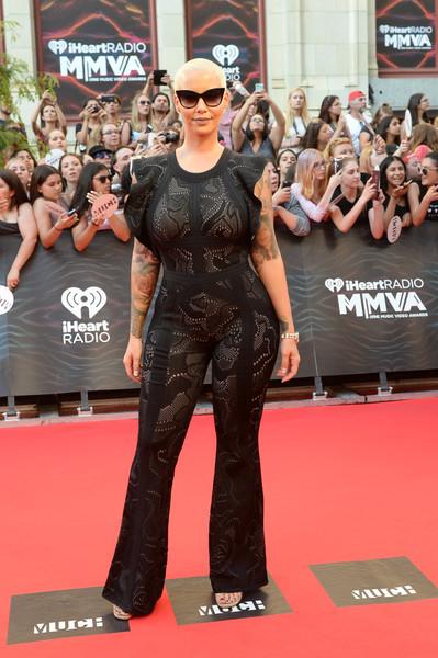 Amber Rose defiende a Kanye West por el rollo de Taylor