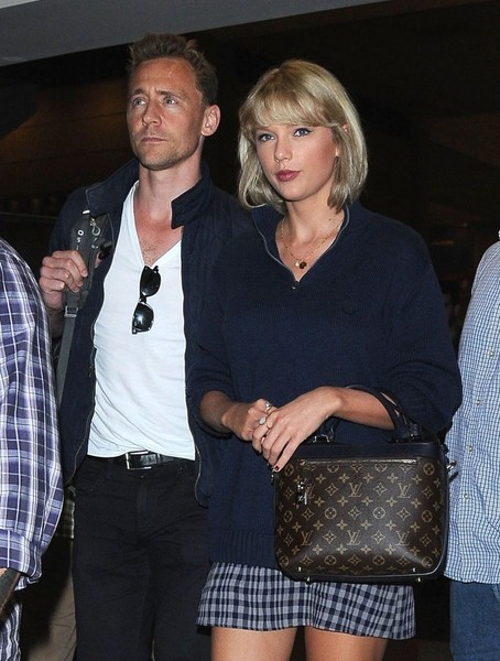 Tom Hiddleston cansado de fotos cariñosas con Taylor Swift?