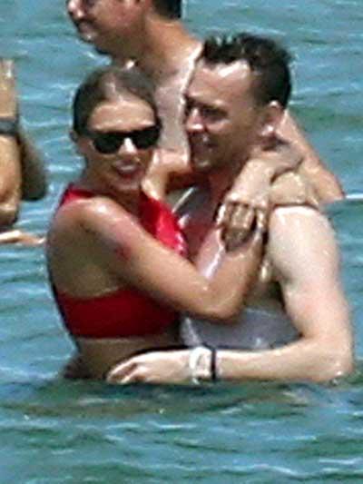 Taylor Swift y Tom Hiddleston en la playa!