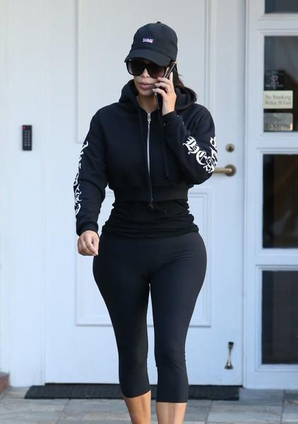 Kim Kardashian admitió inyecciones en el trasero!! HA!