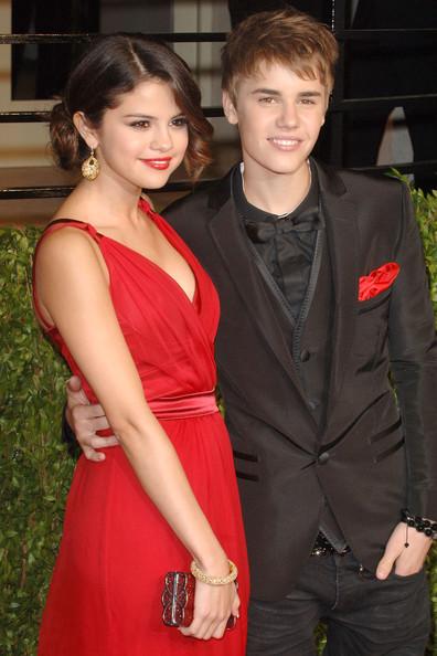 Justin Bieber y Selena Gomez pelea en Instagram - MEMES!!