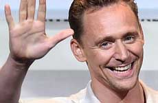 Tom Hiddleston pierde contrato de Armani por Tay?