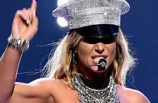 Britney Spears: imitación de Ariana Grande – Next!