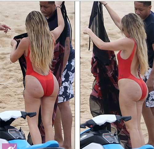 Khloe Kardashian en traje de baño en Mexico