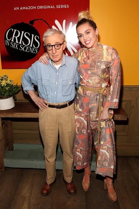 Miley Cyrus ama a Woody Allen: 'Él nunca es fake'