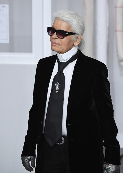 Karl Lagerfeld: Kim no deberia estar sorprendida por robo